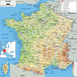 Подробная физическая карта Франции с дорогами, городами и аэропортами.