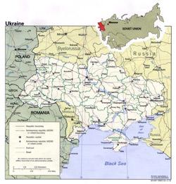 Политическая и административная карта Украины с дорогами и городами.