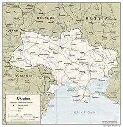 Политическая карта Украины с дорогами и городами.